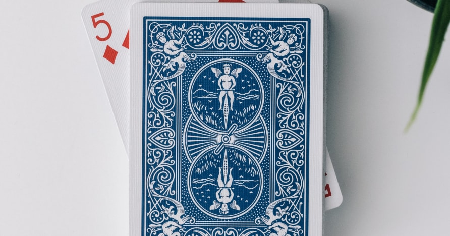 Trzykartowy poker na żywo od Evolution